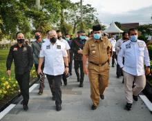 Raker dengan Gubernur Riau, DPD RI Siap Wujudkan Harapan 21 Provinsi Penghasil Sawit