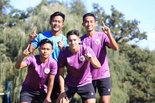 Latihan Voli Materi Recovery Timnas U 19 Indonesia