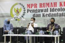 Wakil Ketua MPR: Gotong Royong Modal Dasar Menghadapi Pandemi Covid-19