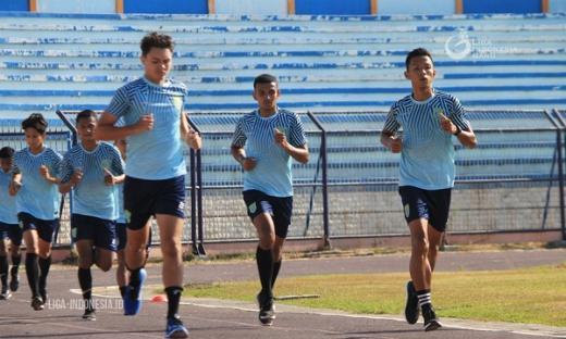 Meski Pemain Belum Lengkap, Persela Tetap Semangat Jalani Latihan
