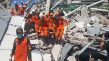 Sempat Terkubur Reruntuhan, Korban Gempa Palu Ditemukan dalam Kondisi Sehat