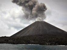 Gunung Anak Krakatau Erupsi Lagi, Tinggi Kolom Abu Capi 2 Ribu Meter