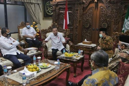 Bahas Pembukaan Rumah Ibadah, Satgas Lawan Covid-19 DPR Sambangi Muhammadiyah