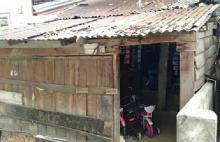 Miris, Keluarga di Kota Pekanbaru Ini Tempati Gubuk Sempit Tak Layak Huni