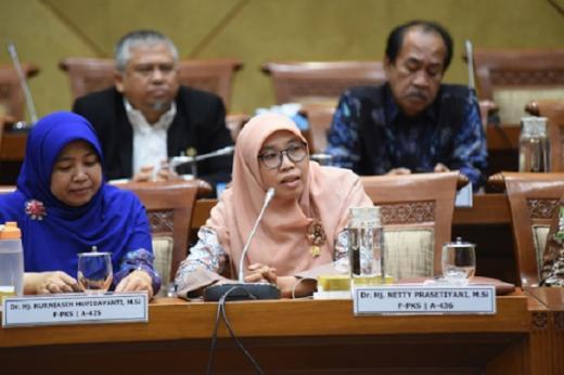 Komisi IX DPR Desak BP2MI dan Kemenlu Usut Kasus Perkelahian ABK China vs ABK Indonesia