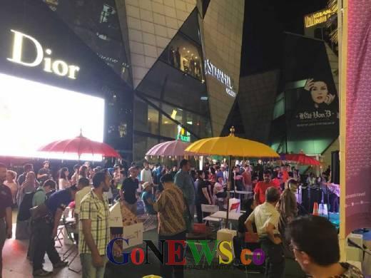 Festival Payung Indonesia 2016 Terasa Sampai Bukit Bintang