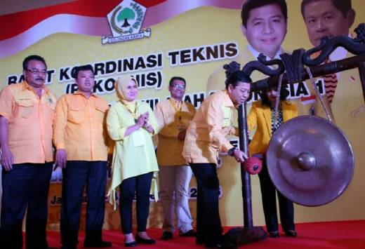 Kian Mantap Dukung Jokowi, Golkar Siapkan Pasangan Duet Khofifah dan Sri Mulyani di Pilpres 2019