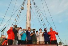 Dari atas Kapal Phinisi, Anis Matta Bangkitkan Semangat Kejayaan Makassar bersama ADAMA