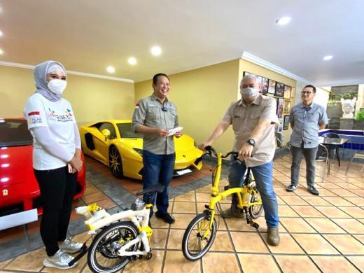 Dibanderol Rp13,5 Juta, Ini Penampakan Sepeda Kuning Lipat Model Brompton Merek Bamsoet