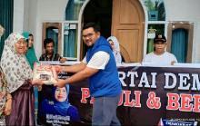Bantu Warga Terdampak Corona, DPC Demokrat Kampar Bagi-bagikan Sembako