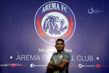 Arema FC Enggak Sebut Alasan Lepas Mariando Djonak