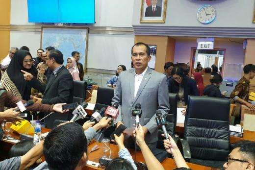 Dirgahayu TNI di Masa Pandemi, Komisi I Dukung Jaminan Kesejahteraan TNI