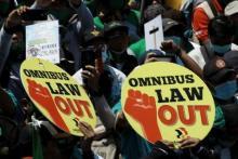 Sejumlah Sorotan untuk RUU Ciptaker yang Diketok Palu 'Senayan'