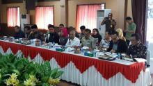 Minta Tetapkan Tersangka Kasus Korupsi Bansos Siak, Komisi III DPR RI Sambangi Kejati Riau