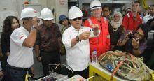 Pemasangan Kabel Optik Bawah Laut Palapa Ring Barat Dimulai, Batam Hingga Siak Masuk Batch Dua