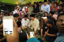 Ditemani Titiek Soeharto, Prabowo Bawa Tim Dokter Cek Kesehatan Warga Lombok