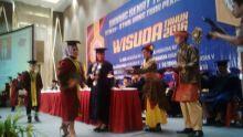 Menuju Universitas, STIKes-STMIK Hang Tuah Wisuda 761 Mahasiswa
