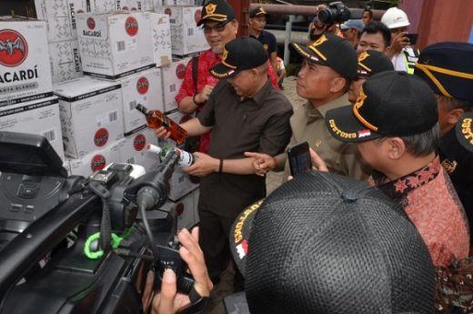 Komisi XI DPR Puji Penerimaan Pajak Sumsel Yaang Tembus 96 Persen