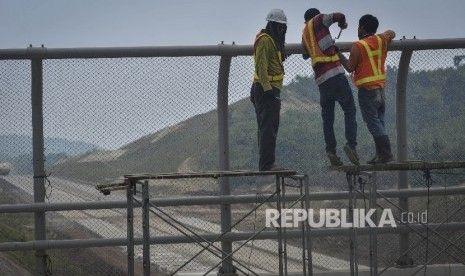 Tol Lintas Sumatera Bisa Jadi Alternatif Bila Jalan Nontol Macet Parah