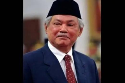 Profesor Malik Fadjar Berpulang