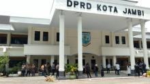 Geruduk DPRD Kota Jambi, Anak STM: Ini Bentuk Solidaritas untuk Rekan Kami di Jakarta