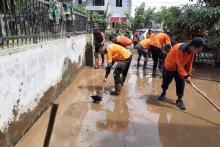BAZNAS Sewa Mobil Tangki Warga Bersihkan Lumpur Sisa Banjir Medan