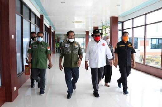 Ketua DPD RI Mengaku Optimis Sentra Budi Daya Rumput Laut Dongkrak Perekonomian Indonesia Timur