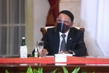 Menpora Amali Dampingi Presiden Hadiri KTT ke-10 D-8 Secara Virtual