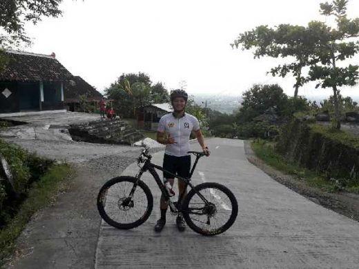 Dispar Riau Turunkan Peserta Asal Inhil di Kejuaraan Sepeda Downhill di Sumbar