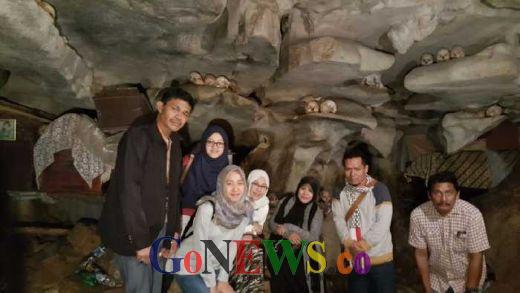 Ini Dia Lokasi Pemakaman Yang Tak Lagi Menyeramkan, Bahkan Jadi Objek Wisata di Tebing Batu Toraja Utara