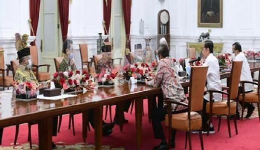 Bertemu di Istana, Amien Rais Ingatkan Jokowi Akan Neraka Jahanam