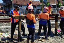 Belasan Perlintasan Sebidang Ditutup KAI Daop 3 Cirebon
