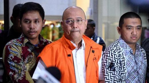 Wali Kota Medan Nonaktif Dzulmi Eldin Divonis 6 Tahun Penjara