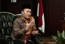 HNW Minta Presiden Dengar Penolakan RUU Ciptaker Para Kepala Daerah