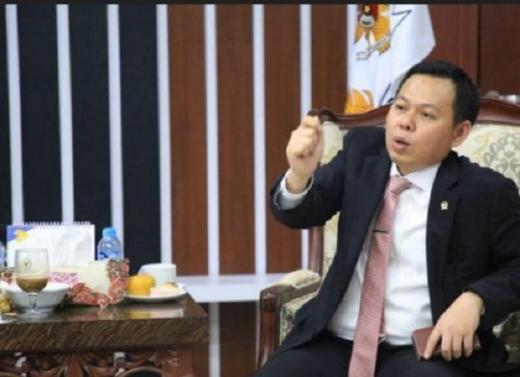 Wakil Ketua DPD Prihatin, Guru Honorer Dipecat Gara-gara Unggah Slip Gaji di Medsos