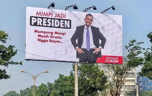 Kisah Ahmad Sahroni, Ojek Payung Jadi Pengusaha Properti yang Mimpi Jadi Presiden