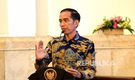 Ini Nama 7 Anggota DKPP Periode 2017 - 2022 yang Dilantik Jokowi
