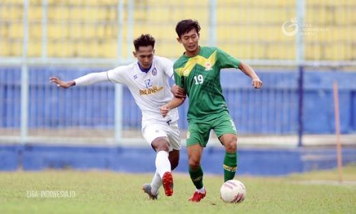 Pemain Arema FC Perlu Kontrol Emosi Kata Rudy Keltjes