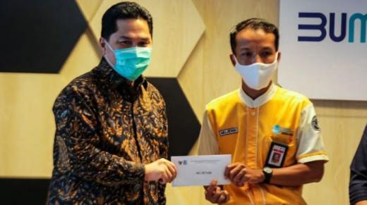 Petugas Kebersihan KRL yang Kembalikan Rp500 Juta Milik Penumpang Diangkat Jadi Karyawan Tetap