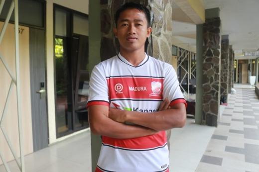 Bayu Gatra Bangga Kembali Gabung Madura United FC