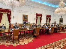 Menpora Dampingi Presiden Jokowi Terima PP IMI