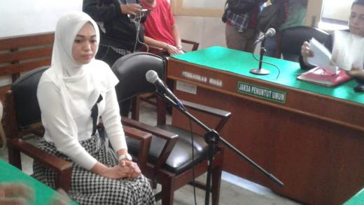 Kisah Febi, Kena UU ITE dan Dituntut 2 Tahun Penjara Akibat Tagih Utang Bu Kombes Lewat IG