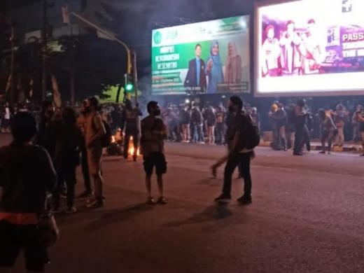 Aksi Tolak Omnibus Law Chaos di Yogyakarta