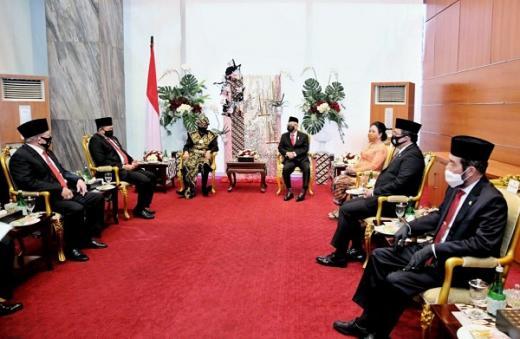 Jokowi Puji Respon Cepat DPD RI dalam Menangani Masalah Daerah