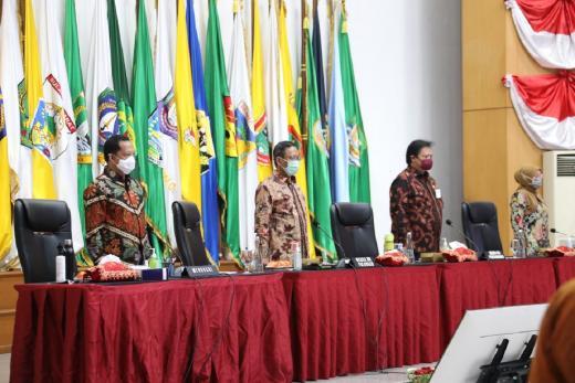 8 Kementerian dan Sejumlah Pimpinan Institusi/Lembaga Negara Gelar Rapat Sosialisasi Ciptaker