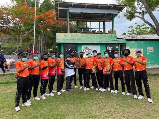 Cendrawasih Cricket Club dan Gianyar Gianyar Cricket Club Juara