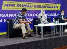 Senayan Ketat soal PTM Juli yang Diwacanakan Jokowi