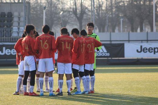 Ditaklukkan Juventus, Holmes Tetap Bangga Performa Pemain Garuda Select