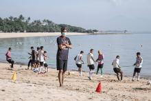 Bali United FC Jalani Latihan di Pantai