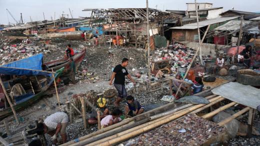 Survei SMRC: 50 Juta Orang Sudah Tidak Bisa Penuhi Kebutuhan Pokok Tanpa Utang